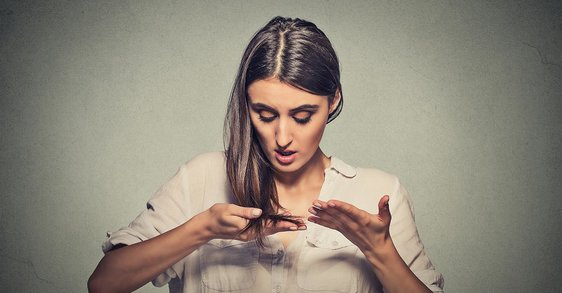 Oily hair? 5 tips for a hair detox