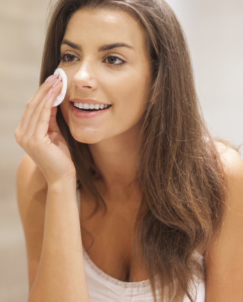 Rid Skin Of Pimples And Blackheads: The Best Way To Cleanse