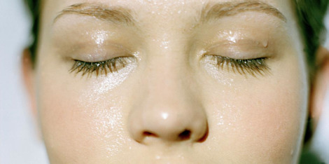 How to best hydrate sensitive, dehydrated skin?