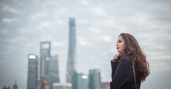 How does pollution affect hair and what can you do to protect it?