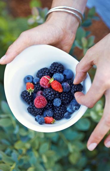 How antioxidants work to help your skin